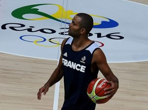 Tony Parker Francia-Basketball-training-02